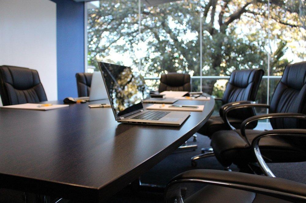 Mit unserem Consulting Angebot bringen wir Ihren Vertrieb und Außendienst wieder auf Vordermann!