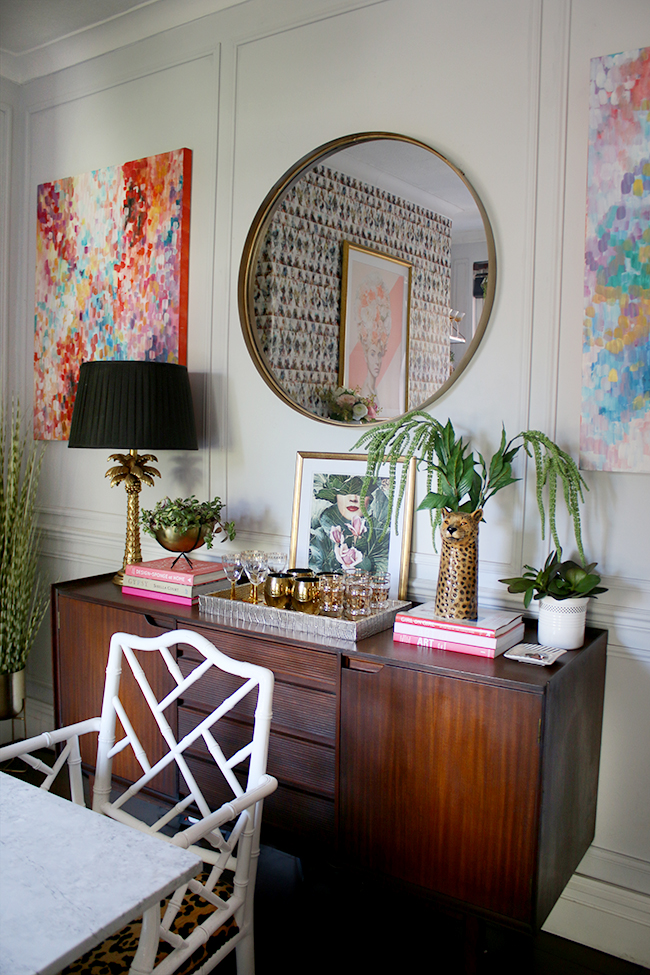 Kimberly at  Swoon Worthy  documents her interiors and styling progression