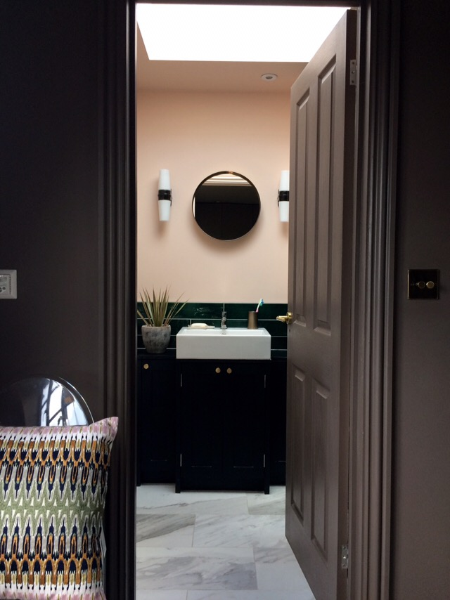 This en-suite ticks off four of the style basics