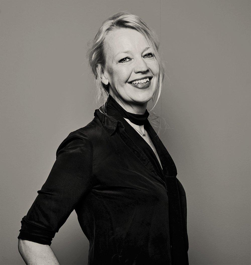 MODERATOR: SUSANNE VEGTER   STUDIOVEGTER
