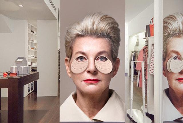 Kiki Niesten etaleert de Lernert & Sander's  bag bag  verwijzend naar de modewereld als een soort Rupsje Nooitgenoeg (maart 2017).