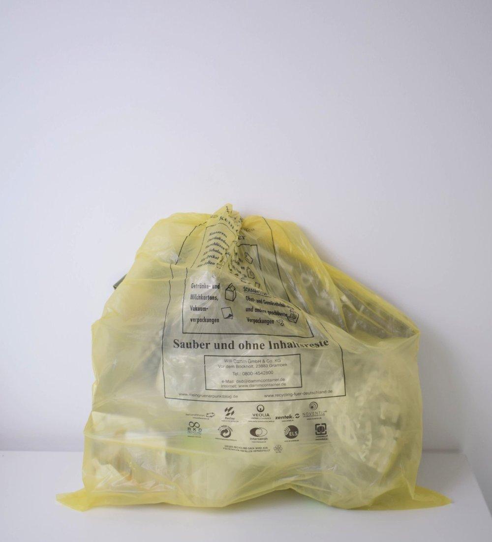 Müll von einer Kochbox - mit 3 Gerichten für je 3 Personen