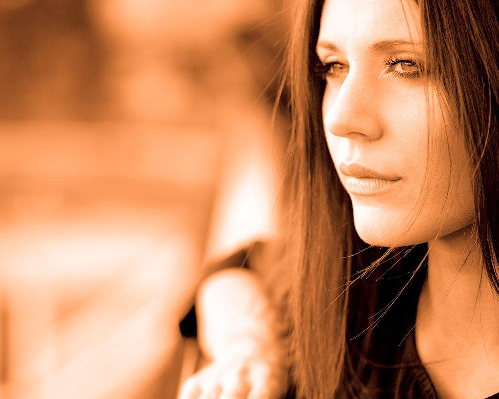 Evo_woman.jpg