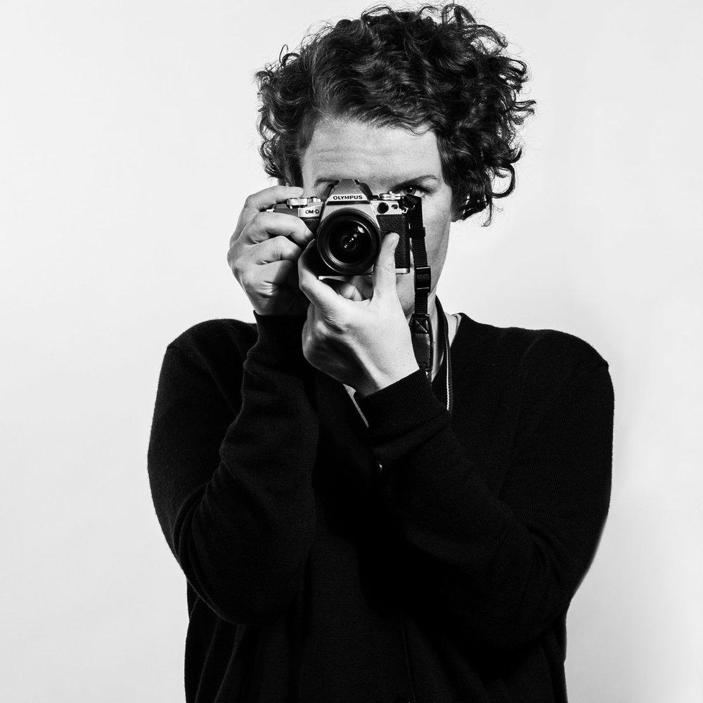 Hi! My name is Caroline... - I'm a professional photographer based in Berlin.