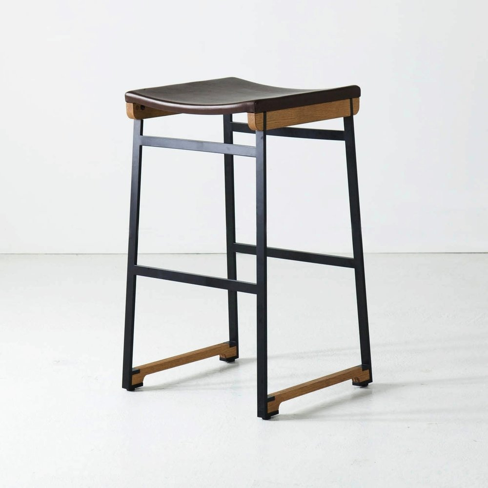 catenary stool