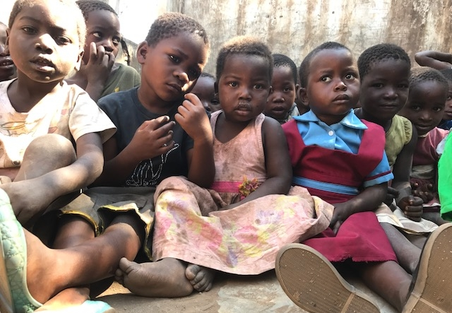 Orphanage in Malawi - On average, in each village in Malawi, there are around 100 orphaned children under 5 years old. In Tembwe Village, Malawi, we decided to build an orphanage for the children in need. A place where they can come each morning for a lesson and meal.