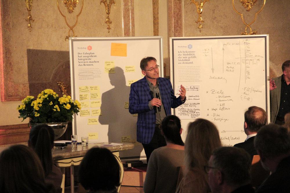 Denkfabrikant Conrad Wagner analysiert seinen Workshop.