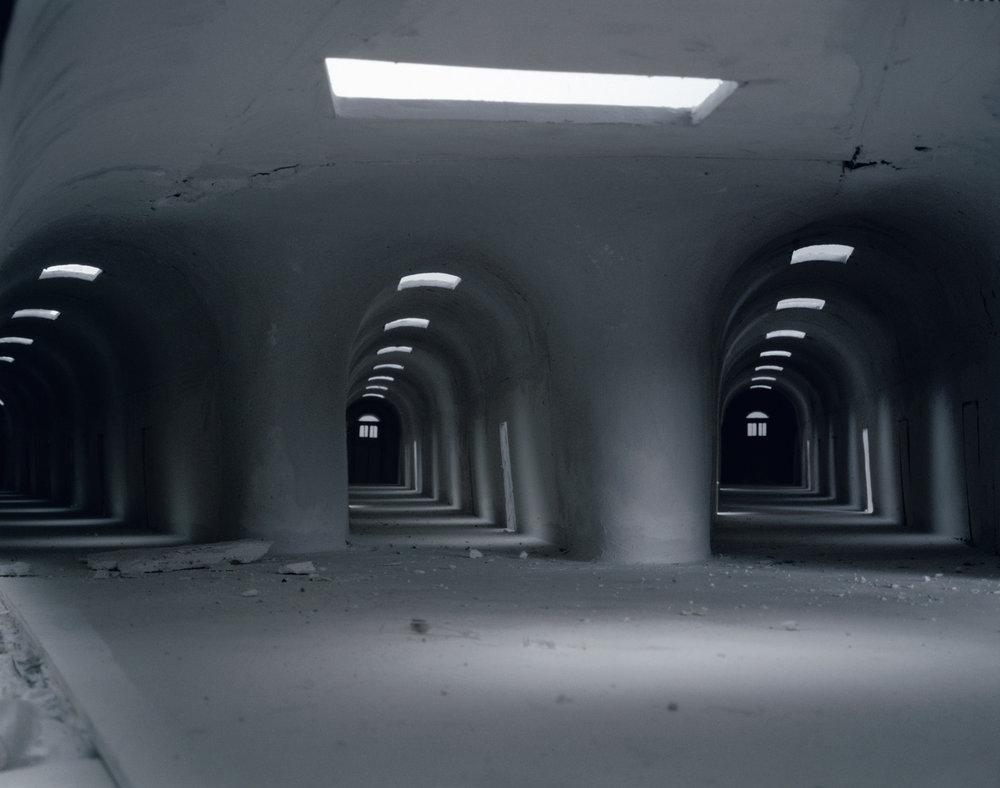 Tunnels , 1995