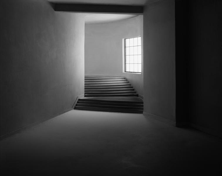 Turning Hallway , 2003