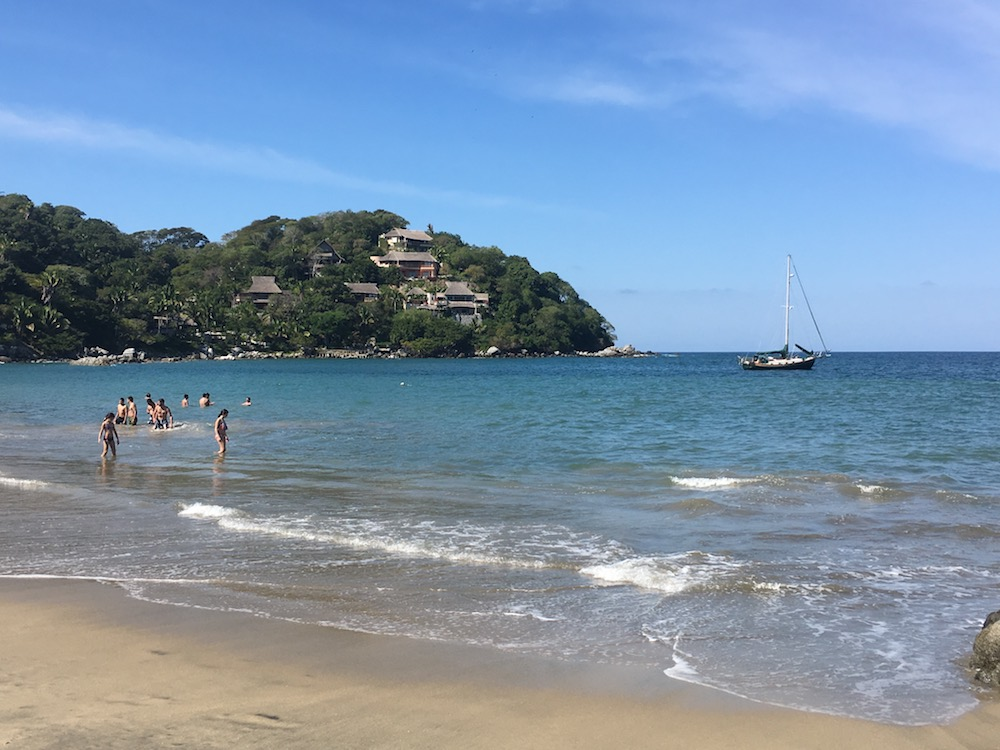 Sedna anchored off of Playa Los Muertos, just outside of the main beach of Sayulita.