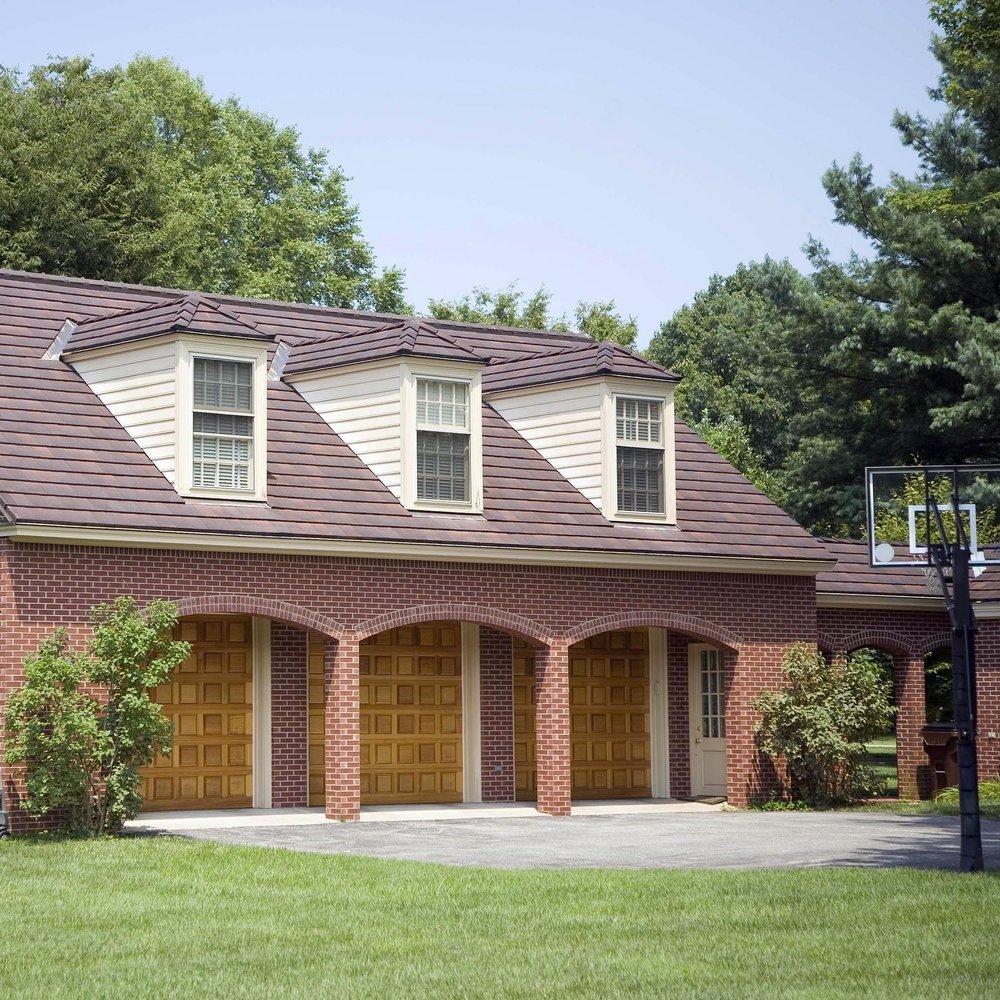 03-Flat Tile Roofed Garage.JPG