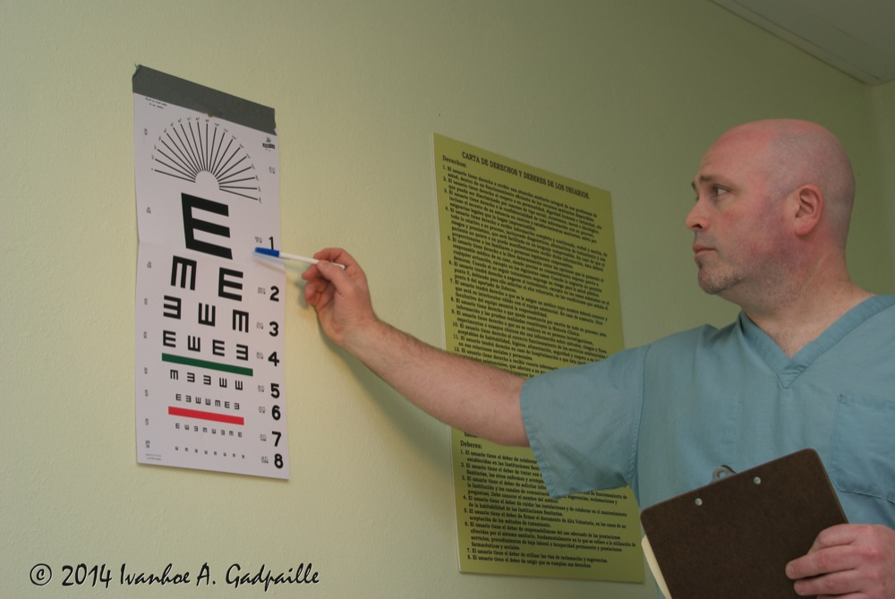 11-Cunningham-Visual-acuity-testing-distance.jpg