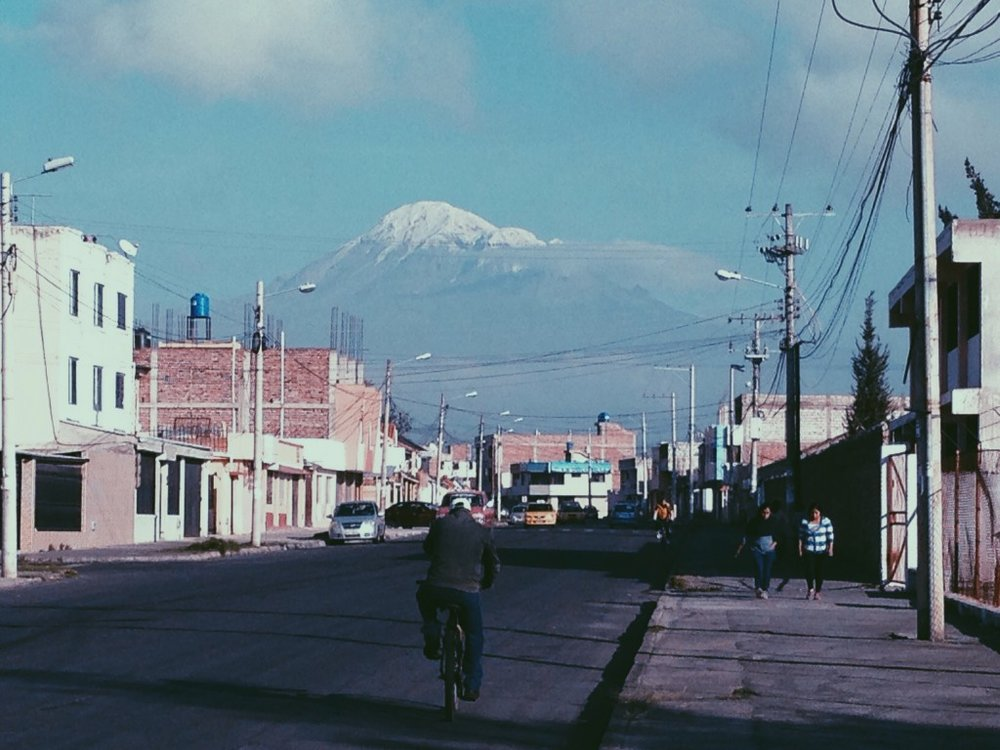 It was a beautiful day Wednesday, we were able to see Cotopaxi mountain on our way to the hospital.