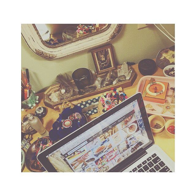 . .. #workshop . #handmade #bodylove #officespace #handmadejewelry