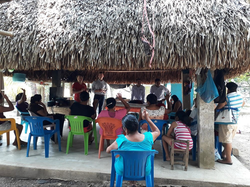 Hiding from the Veracruz heat underneath a family's palapa, Gerardo leads a collection of applicants through our group psychometric exercises while Jonathan makes observations about their behavior.