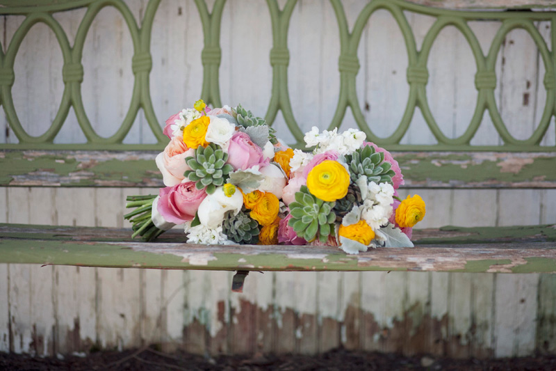 spring wedding bouquets at waldenwoods, heartland, MI