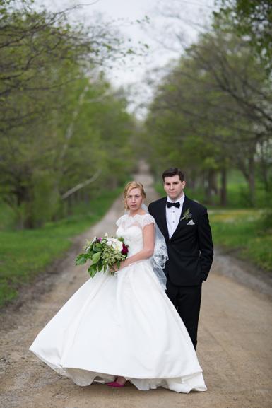wedding couple at cottonwood barn, saline Michigan