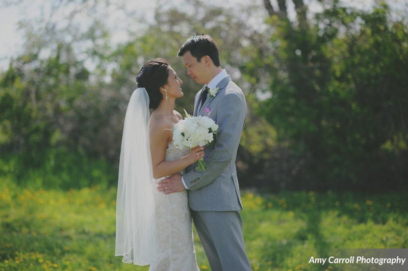 misty farm couple with ivory bouquet
