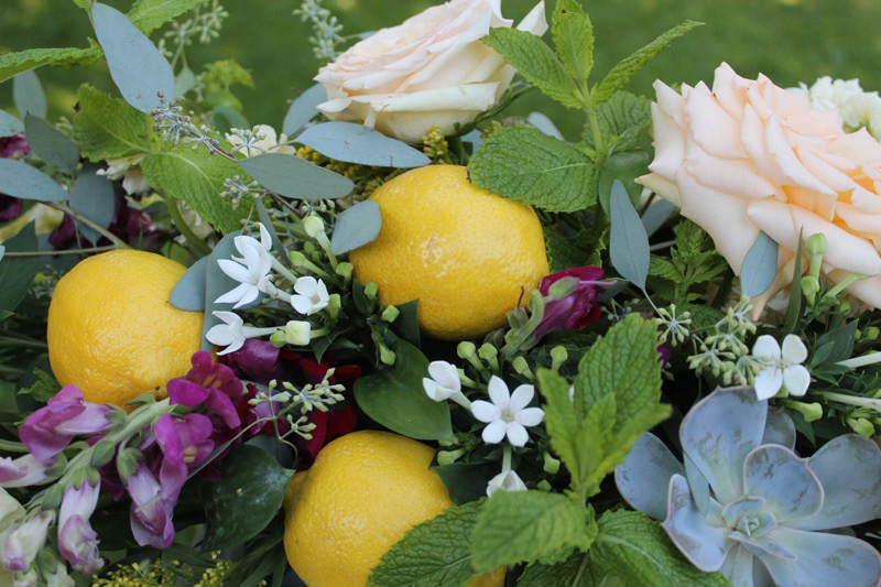 ann arbor summer wedding flowers