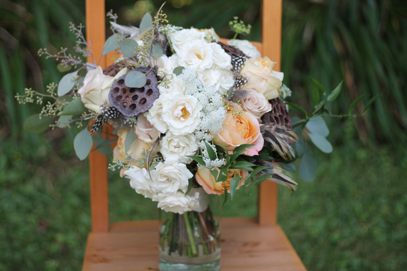 brown ivory white wedding flowers