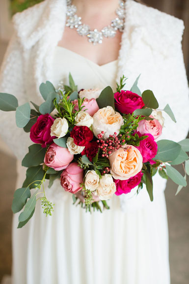 winter bride's bouquet