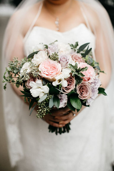 ann arbor winter wedding flowers in mauve purple and pale pink