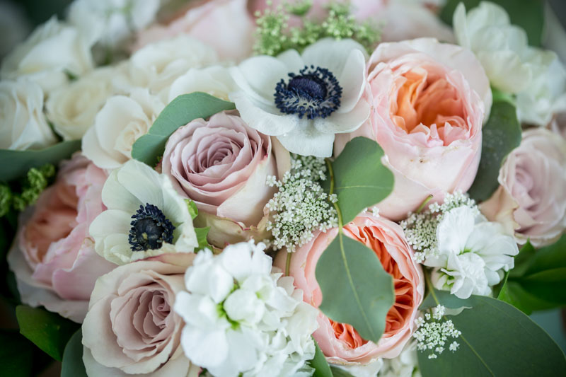 blush and peach bride bouquet