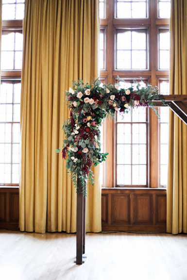 winter ceremony arch flower design