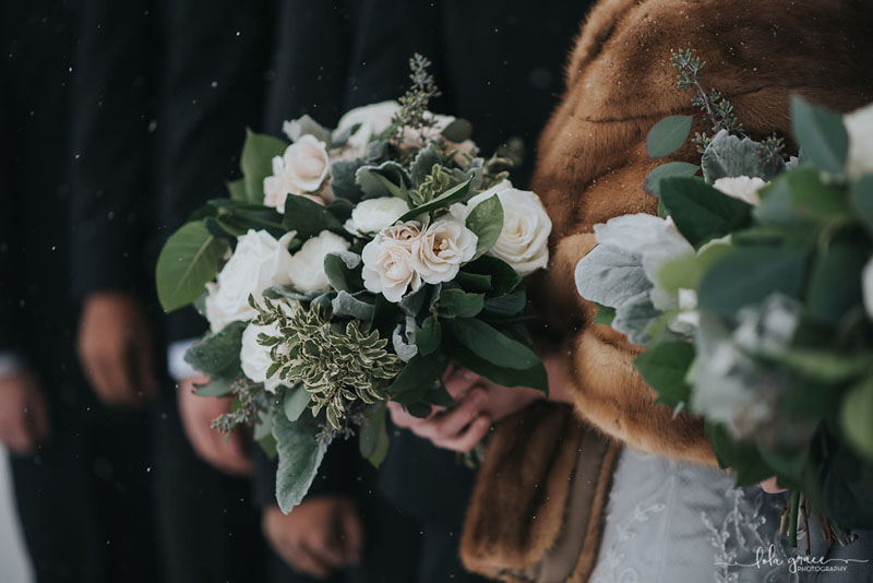 ann arbor winter wedding flowers in green and white