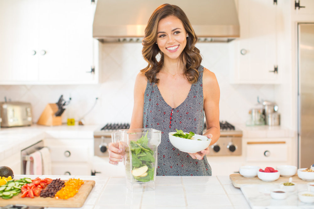 Holistic nutrition and wellness coaching - Feel good, have more energy and glow with Holistic Nutritionist and Wellness Coach,Daniela Kende.