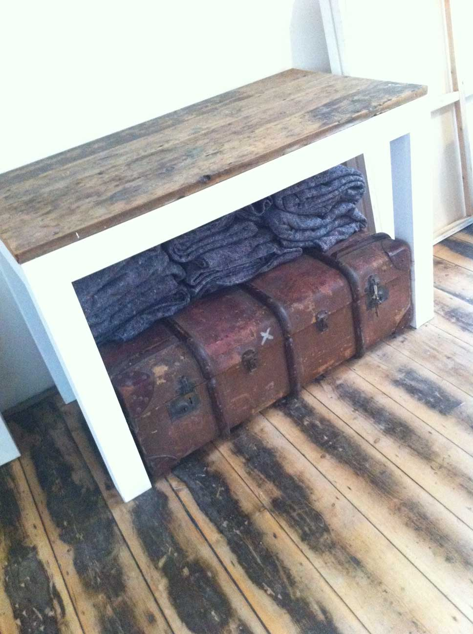 Vintage case and blankets. Picture: Bel Jacobs.