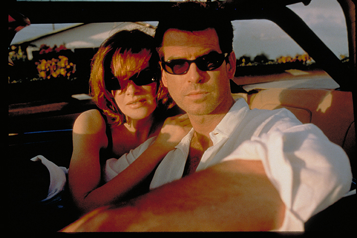 Looking smooth: Brosnan and Russo in The Thomas Crowne Affair.
