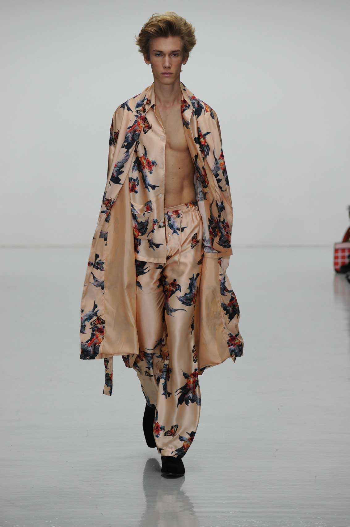 Katie Eary AW16.