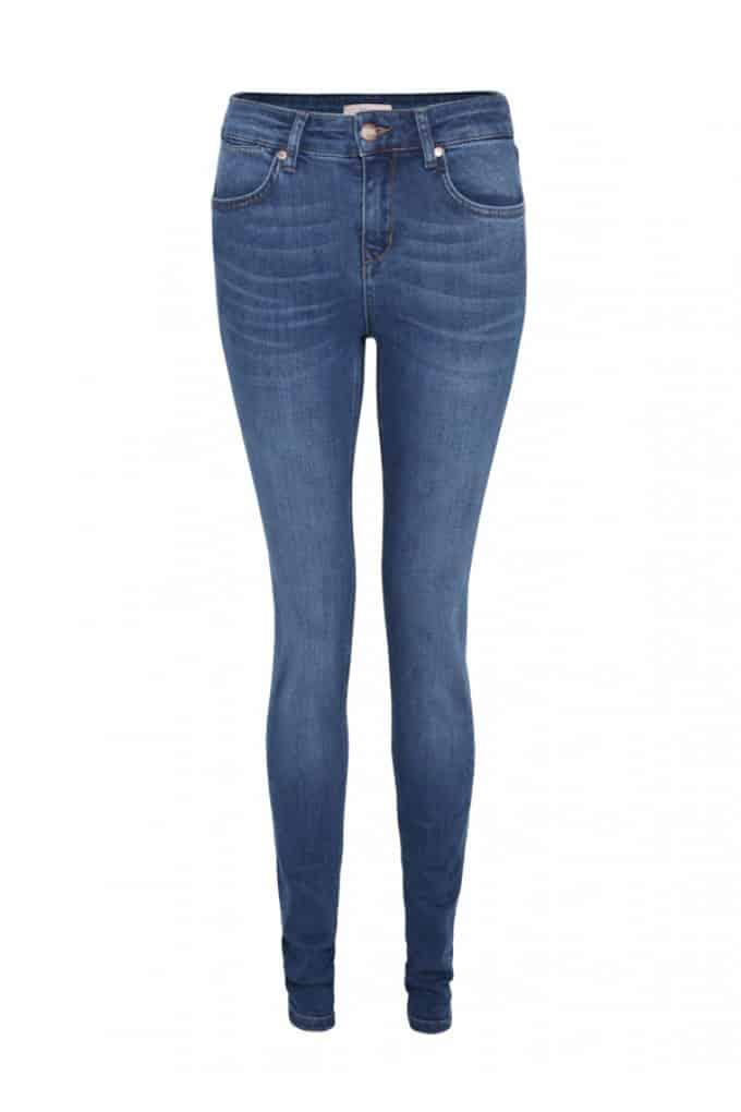 Ivy Skinny Jeans, £150, IDA. www.donnaida.com