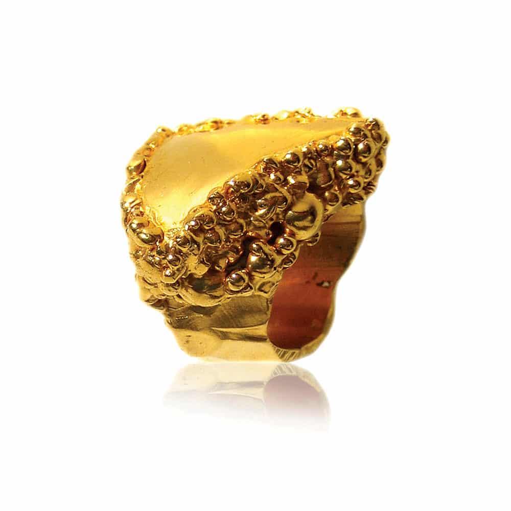 imogen_belfield_plasma_ring_cocktail_gold_men_fashion