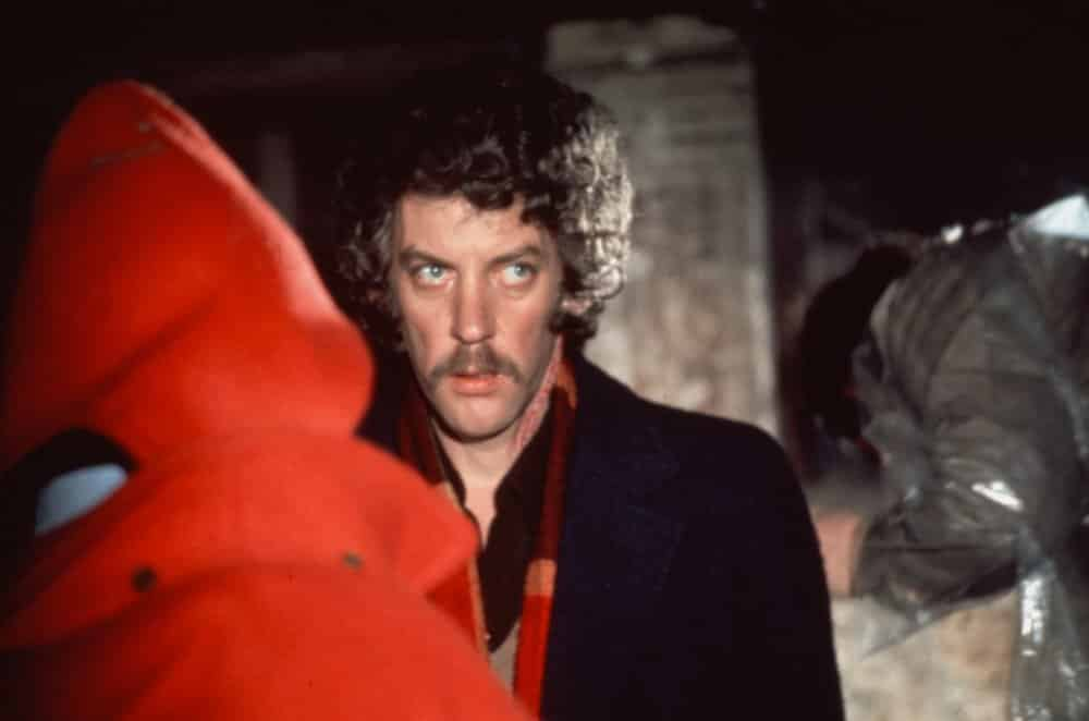 In Nicolas Roeg's Don't Look Now, the repeated use of red creates confusion about where the viewer is in time.