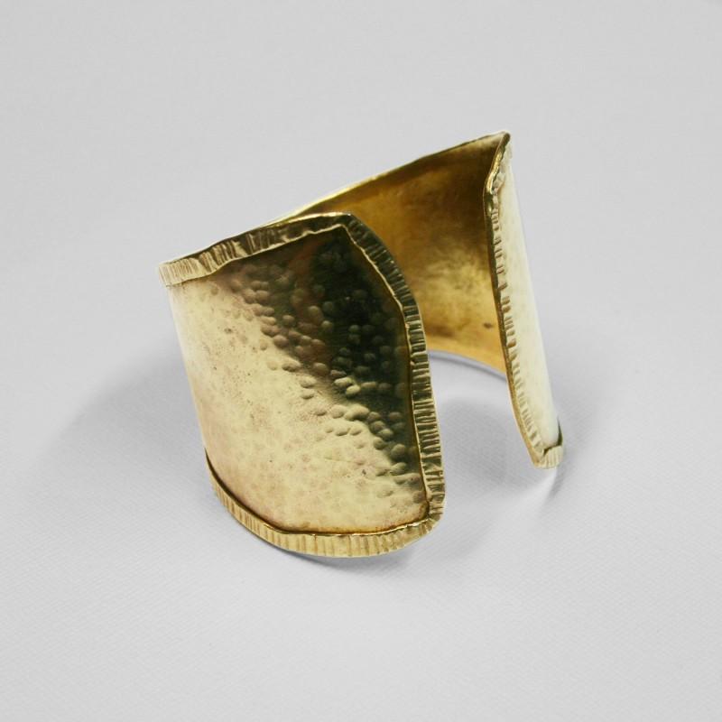 made-shaped-cuff.jpg