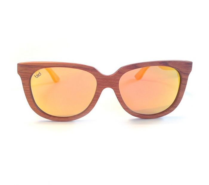 Bird Sunglasses works with SolarAid to donate a solar light to communities in need across Africa for every pair of sunglasses sold.