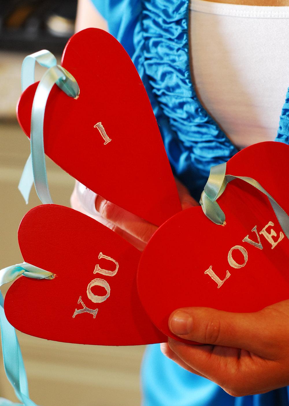 Ali Hedin | Fun Family Valentine's Day!
