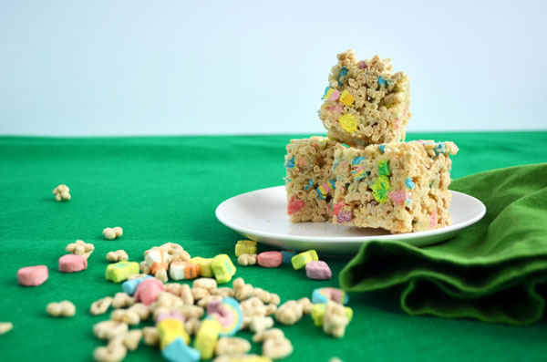 Lucky-Charms-Treats-1.jpg