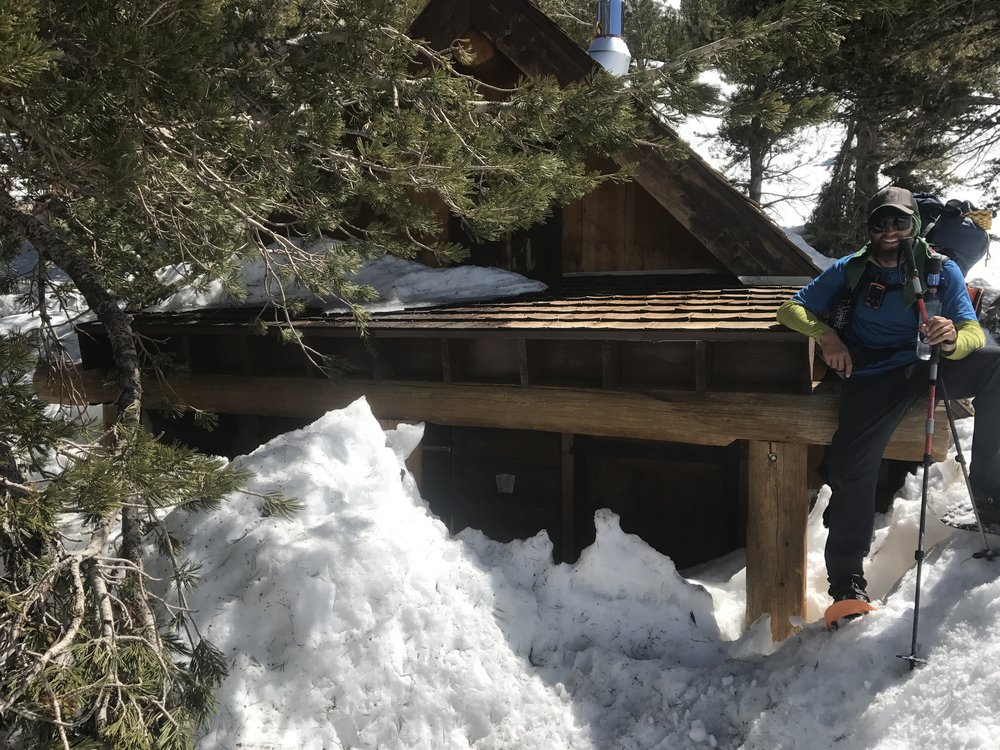 Hanging out on the Rae Lakes ranger station... nobody was home.
