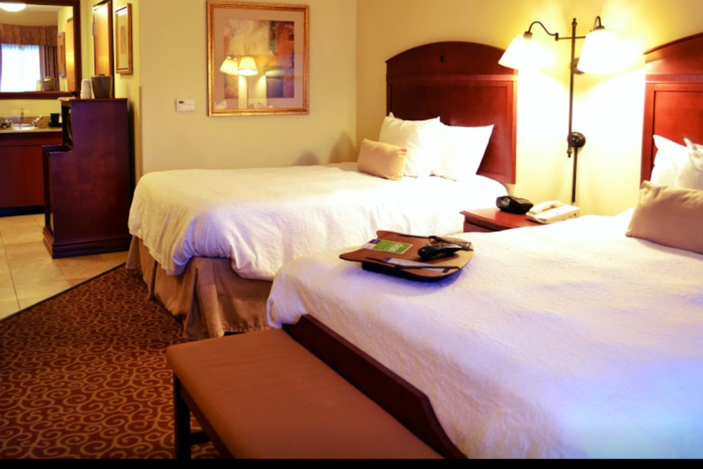 HAMPTON INN ONEONTA - 225 River StreetOneonta, NY 13820(607) 433-9000onhnj_hampton@hilton.comwww.hoteloneonta.comClick here to book room.Distance: 30.7 miles/ 38 minutesCapacity: 450 people