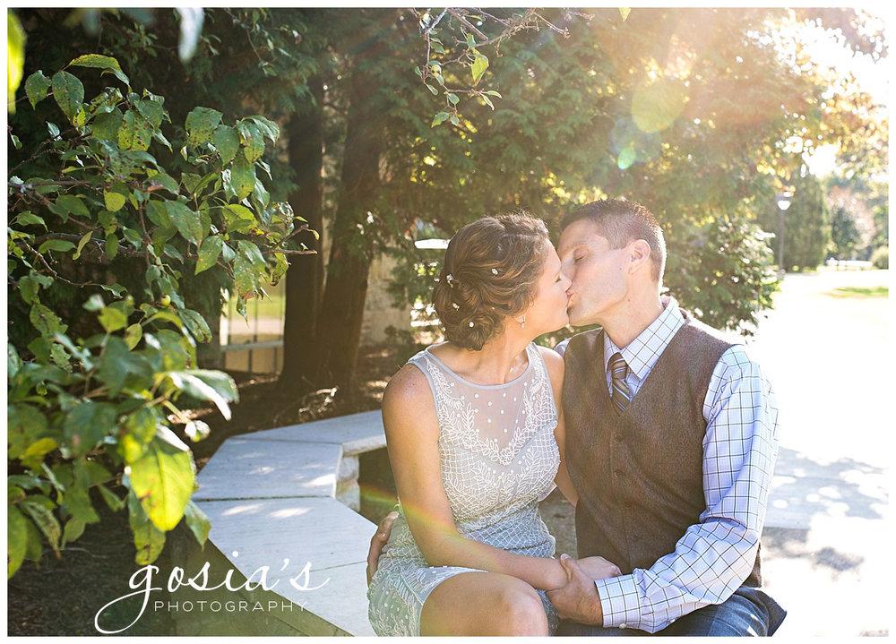 Gosias-Photography-Appleton-wedding-photographer--courthouse-ceremony-reception-Riverview-Gardens-_0011 (1).jpg
