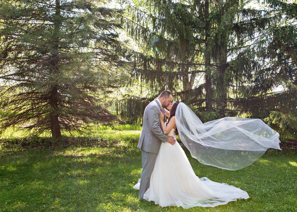 Gosias-Photography-featuredwedding-2017-web-30.jpg