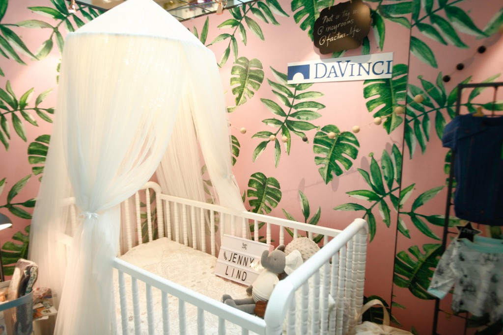 Incy Rooms features environment-friendly and award winning brands including children's furniture from Babyletto and DaVinci,  organic garments by Finn+Emma, and handcrafted decor from Minimer.