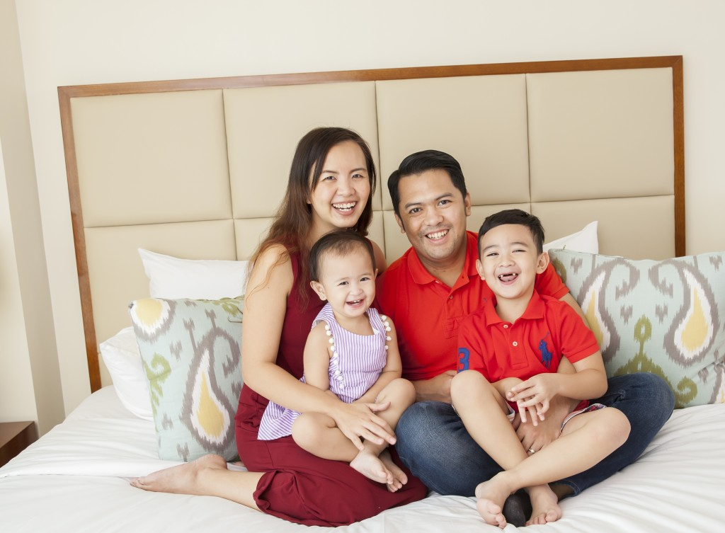 You can tell from their smiles that the family of blogger Chessy Alejandro had a great time during the shoot in one of Aruga at The Grove's two bedroom suites.