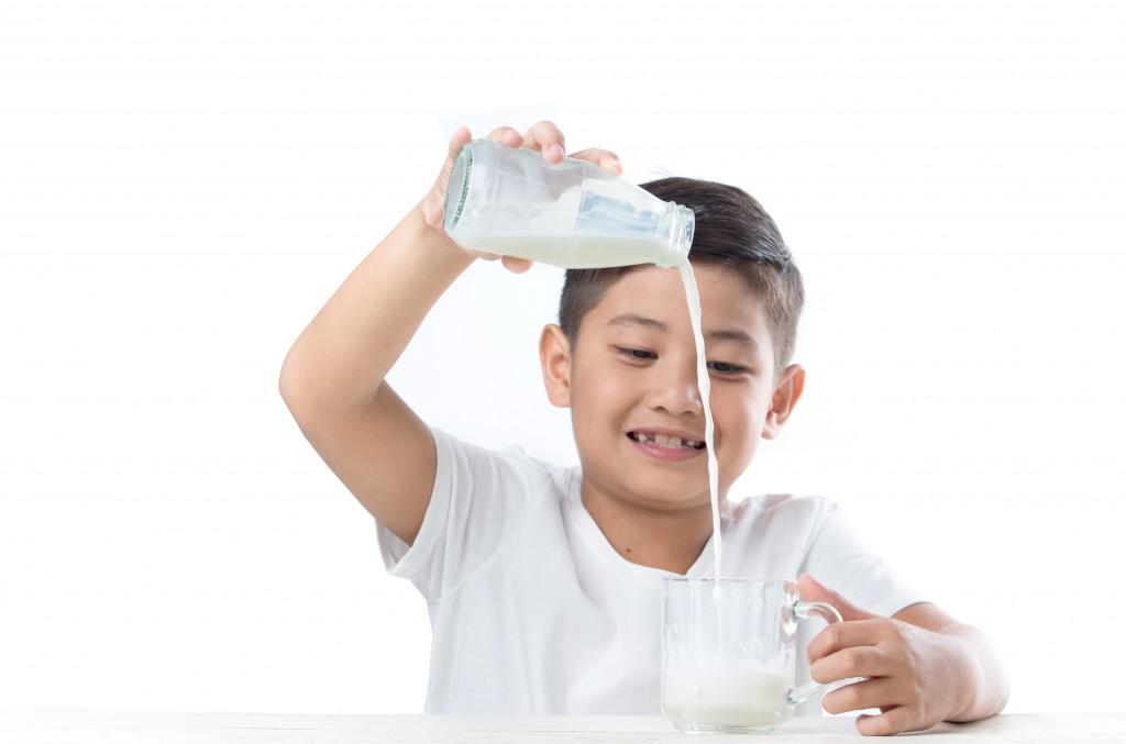 milk-pour