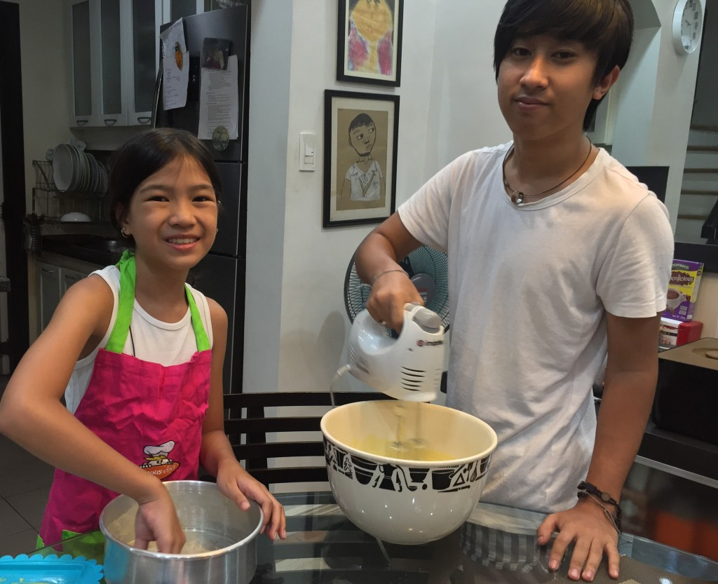 Reese and Coby baking yummy goodies