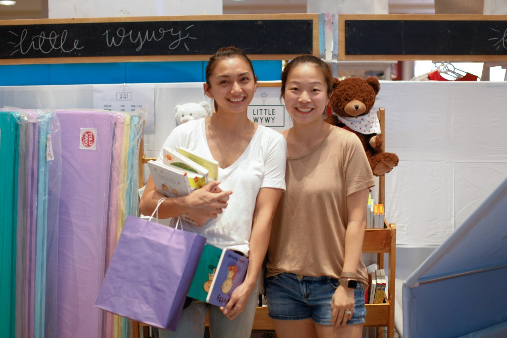 Iya Villania has become a mompreneur as well. With her partner Claudine, they've brought Foldaway to our shores.