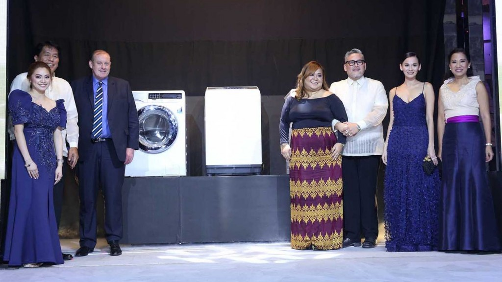Present at the unveiling of Electrolux's latest washing machines are (L-R) Electrolux Product Manager Erika Depositar, Electrolux Philippines General Manager Nelson Cabanban, Electrolux East Asia SVP and Managing Director of Major Appliances Craig McEachern, Electrolux Philippine Country Marketing Manager Andrea Pionilla, FashionCare Ambassador Rajo Laurel and FashionCare Council Members Amina Aranaz-Alunan and Janice Villanueva.
